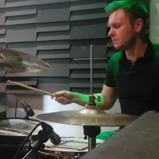 Sam Exon - drum teacher